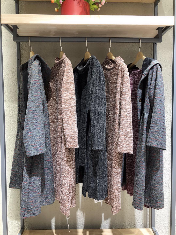 棉麻品牌折扣女装外套大衣系列货源走份批发进货加盟