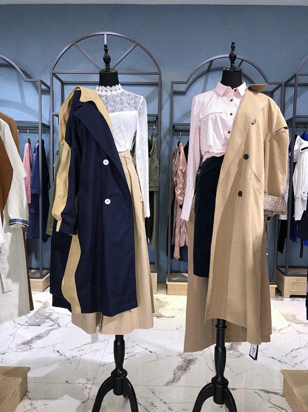 上海品牌尾货个性女装折扣批发服装店19春装新款连衣裙走份