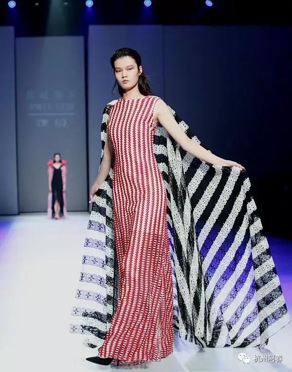 2019广东时装周-秋季:炫彩非遗 连南瑶族文化采风展演