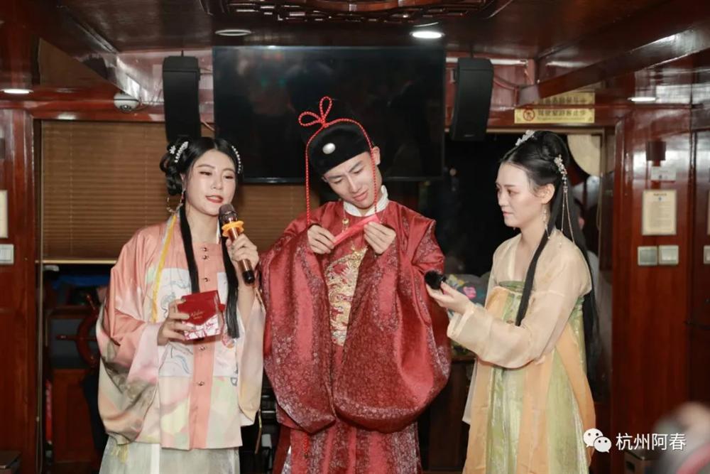 「大運河霓裳夜」FM99.6慶生 漢服游船活動