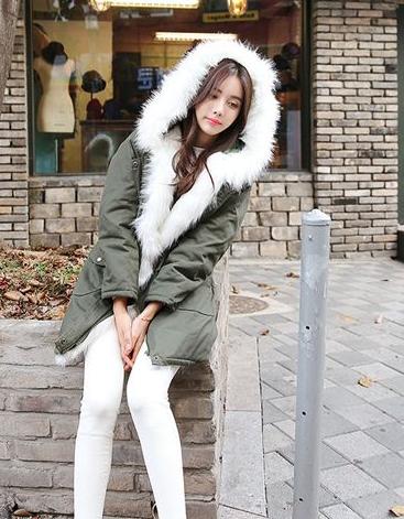 棉服外套+小脚裤 韩国的女孩都是怎么穿的-视