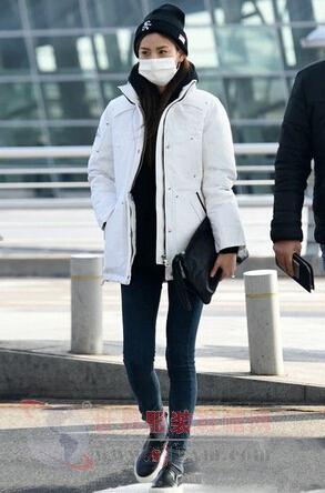 刘雯领衔超模街拍 教你搭配冬日里的小清新