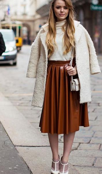 冬天穿裙子配什么鞋子