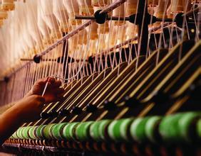 皮革行业发展压力加大 低价模式大行其道