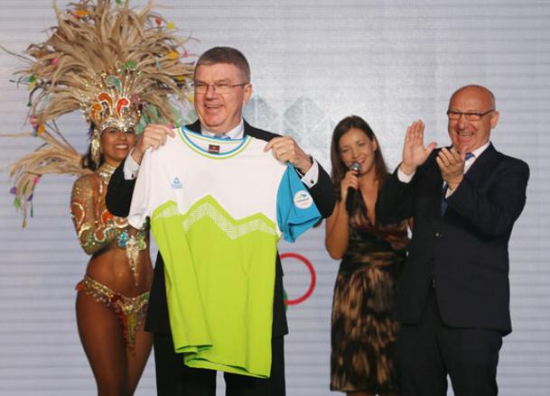 匹克加快一步发布奥运新品 获奥委会主席点赞