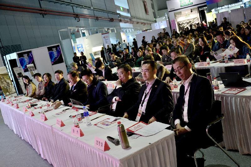 第二十一届宁波国际服装节推介会在上海举行