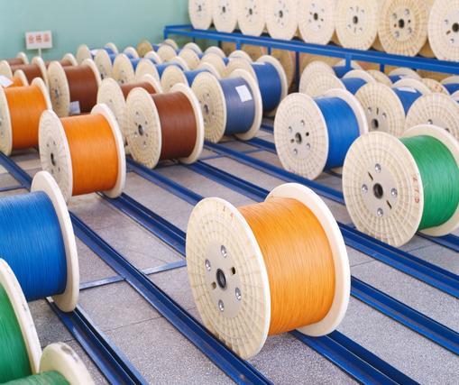 """""""趴在桥头看水流""""的纺织企业不在少数"""