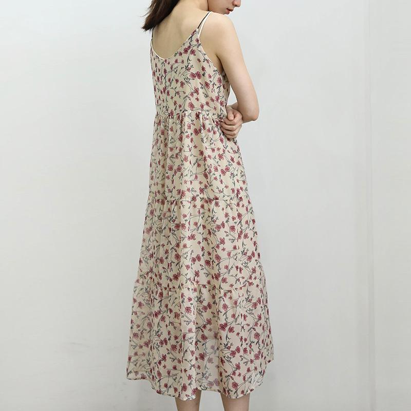 碎花连衣裙清新大方,美丽优雅喜欢的话就赶快get一件吧!