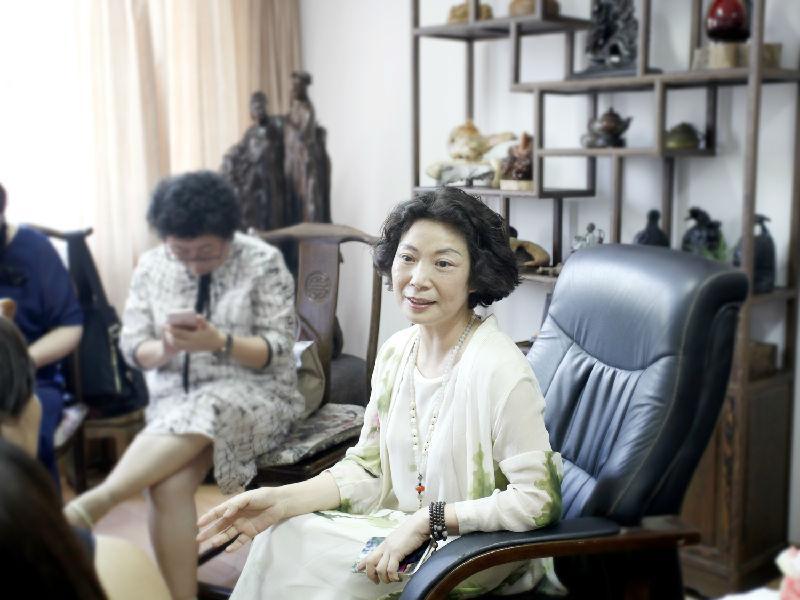 宁波奉化人间未来艺术品有限公司