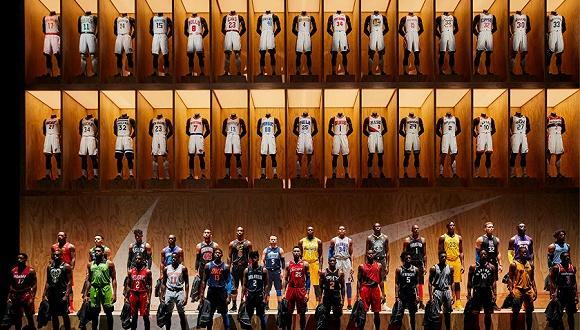 耐克从阿迪手里抢走NBA球衣生意要怎么做?