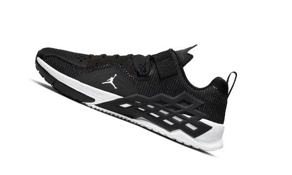 Jordan Alpha 360 TR 全新訓練鞋首次曝光,出色的性能