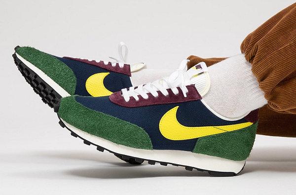 Nike Daybreak Yellow Blue Green Color