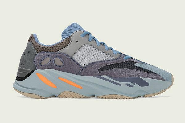 "Yeezy Boost 700 鞋款全新""Carbon Blue""配色官圖賞析"