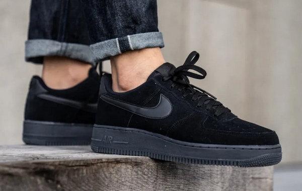 Black Velvet Color Shoes