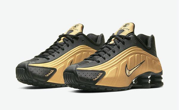 Nike Shox R4 Brand New Black Gold Color