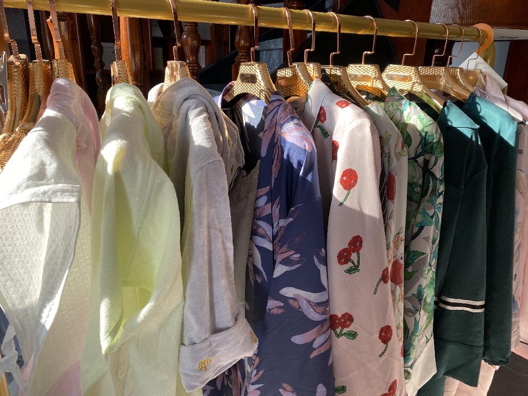 作为国民经济支柱产业2020年18家纺服类企业沪深上市