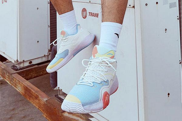 欣赏安踏「水泥泡泡」篮球鞋全新版本设计