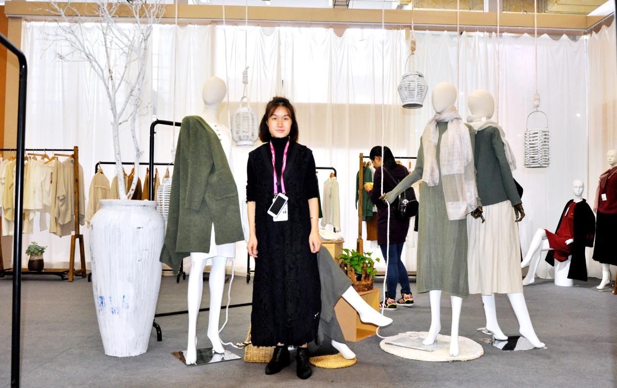 魏金凤设计师带领米多立品牌服装亮相宁波服装节