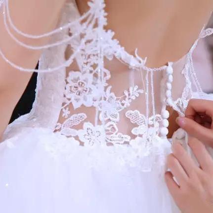 娜莎诺深圳婚纱礼服打造最大的婚纱定制体验中心