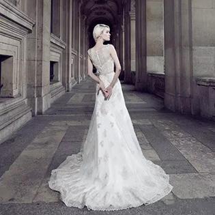 娜莎诺婚纱丨添加流行元素 打造多变的婚纱礼服造型