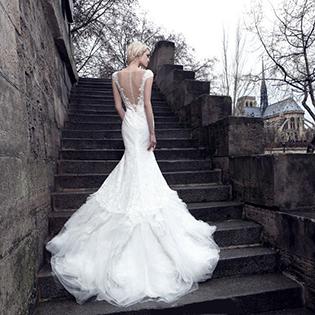 娜莎诺婚纱:深圳婚纱古典主义艺术风格的应用