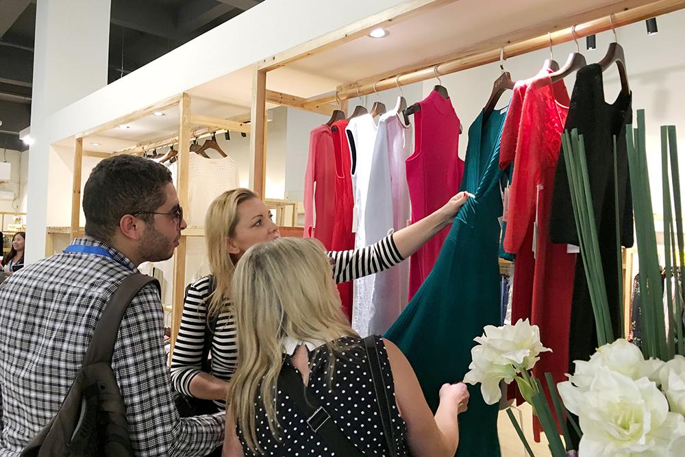 """2017年""""织交会""""跨国毛织服装专业买家 采购对接会火热举行"""